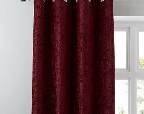 Blinds and Curtains (1)